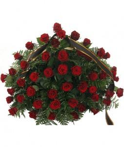 Траурная корзина цветов — Kievflower - Доставка цветов