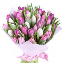 """Букет из 51 тюльпана """"От всего сердца.."""""""