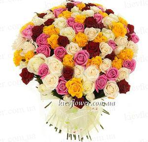101 разноцветная роза — Букеты цветов заказать с доставкой в KievFlower.  Артикул: 7017