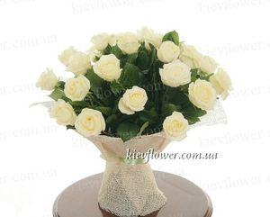 25 белых роз — Букеты цветов заказать с доставкой в KievFlower.  Артикул: 0619