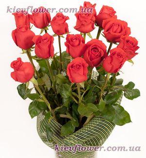 Букет из 15 алых роз — Букеты цветов заказать с доставкой в KievFlower.  Артикул: 1186