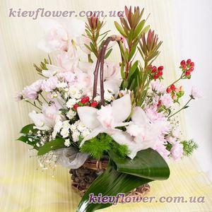 Корзинка признаний — Букеты цветов заказать с доставкой в KievFlower.  Артикул: 0832