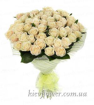 Букет из 51 кремовой розы — Букеты цветов заказать с доставкой в KievFlower.  Артикул: 0627