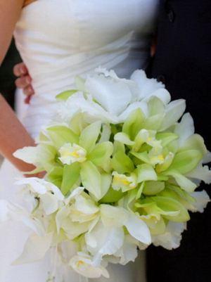 Букет невесты № 9 — Свадебные букеты заказать с доставкой в KievFlower.  Артикул: 9009