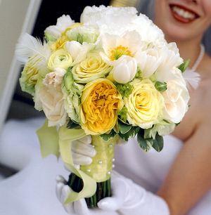 Свадебный букет № 16 — Свадебные букеты заказать с доставкой в KievFlower.  Артикул: 9016