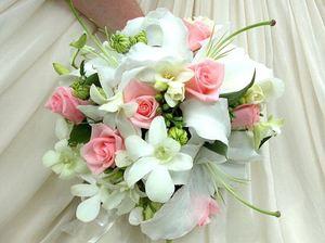 Свадебный букет невесты № 36 — Свадебные букеты заказать с доставкой в KievFlower.  Артикул: 9036