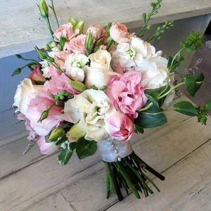 Свадебный букет невесты № 43 — Свадебные букеты заказать с доставкой в KievFlower.  Артикул: 9043