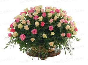 """Корзина роз  """"Тет-А-Тет"""" 101 роза — Букеты цветов заказать с доставкой в KievFlower.  Артикул: 7016"""