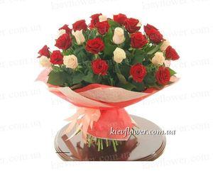 """Букет роз """"Дуэт"""" 31 роза — Букеты цветов заказать с доставкой в KievFlower.  Артикул: 0615"""
