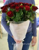 """Букет из 25 красных роз """"Классика"""""""