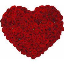 Сердце из роз - в День Влюбленных.