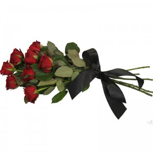 Траурный букет из красных роз — Kievflower - Доставка цветов