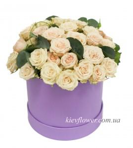 """Шляпная коробка """"Крем-Брюле"""" — Kievflower - Доставка цветов"""